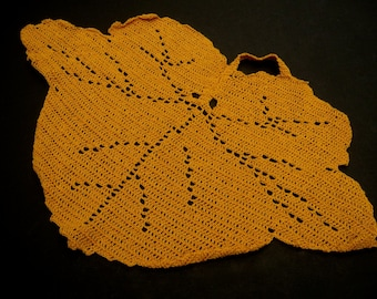 Vintage Crochet Doily, Mustard Yellow Doily, Pot Holder,Hot Plate Mat,Vintage Linens, Leaf Doily, Crocheted Centrepiece, Yellow Table Topper