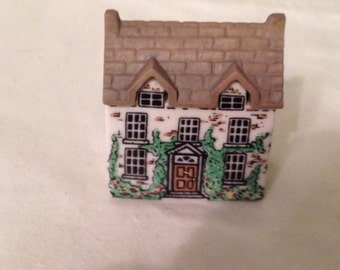 Wade Whimsey-on-Why Village Set 1- 1980 - DOCTOR HEALER'S HOUSE