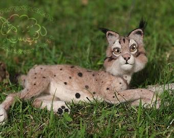 Needle Felted Lynx (Winter)