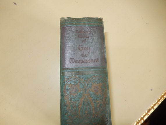 A Wedding Gift By Guy De Maupassant Analysis : ... Gifts Guest Books Portraits & Frames Wedding Favors All Gifts