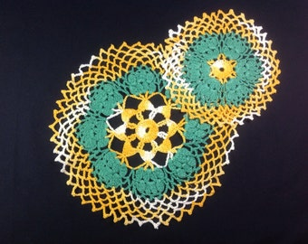 Two vintage crocheted doilys Green and gold Cotton lace doily Round crocheted doily Tray liner Scrapbooking doily Framing doily