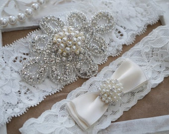 Wedding Garter Set, Bridal Garter Set, Vintage Wedding, Ivory Lace Garter, Crystal Garter Set, Ivory Garter-Style 300