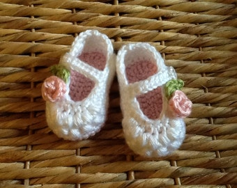 Crocheted rose maryjanes, baby booties, baby shoes