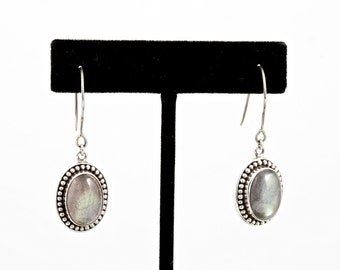 Labradorite 075 - Earrings - Sterling Silver