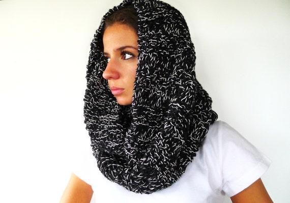Bufanda capucha negra para mujer. Bufandas de lana originales. Cuellos de punto hechos a