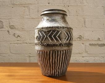 Vintage vase by Carstens Tonnieshof - 60s - Mid Century Modern - West German Pottery - Fat Lava era