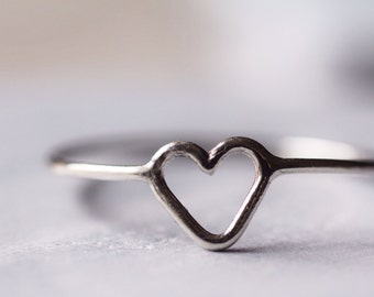 Simple Sterling Silver Heart Ring