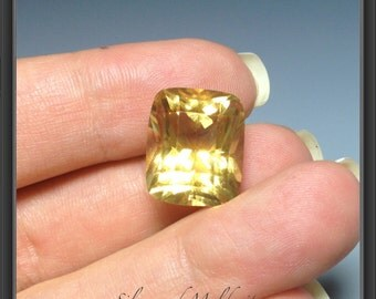 Citrine faceted gemstone 10.80ct
