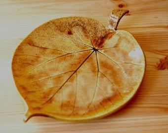 Ceramic Leaf Plate , autumn leaves  , serving dish , Trinket Dish , Jewelry Holder , Spoon rest