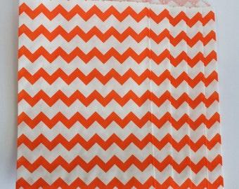 "Trendy orange chevron party favor paper bags 5 x 7.5"" - Set of 20"