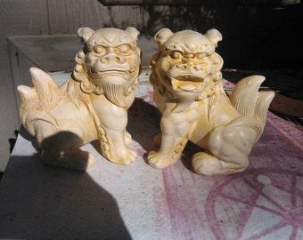 chalkware chinese lion dogs