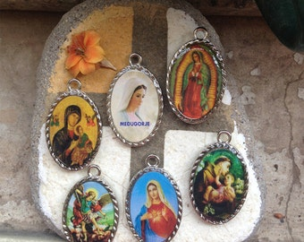 Set of 6 PCS Different Two sided Medal Lady of Medjugorje Guadalupe Saint St. Michael Archangel Anthony Catholic gift Charm Necklace Pendant