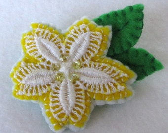 Lace Flower Brooch  Yellow and White Flower  Vintage Lace  Felt Pin