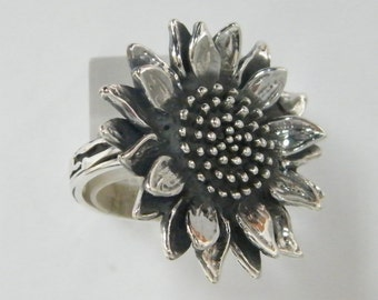 New Sterling Silver Sunflower Ring