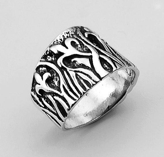Sterling Silver Salient Florish Motif Ring