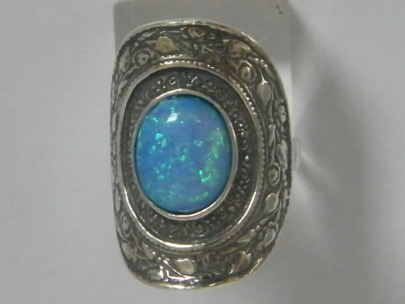 Amazing Sterling Silver Ring Oval Opal Blue Ladies Women