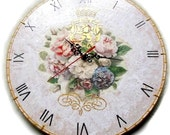 "Royal Roses - Decoupage Handmade Wall Clock on vinyl record 12,5 "" (30 cm) Antique Style Shabby Chic home decor craquelure roses flowers"