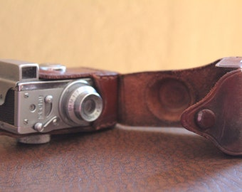 Steky II subminiature camera. With leather case.