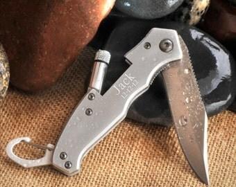 Personalized Klondike Lockback Knife with Flashlight