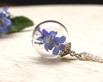 Glass necklace with real Forget-Me-Not - K184