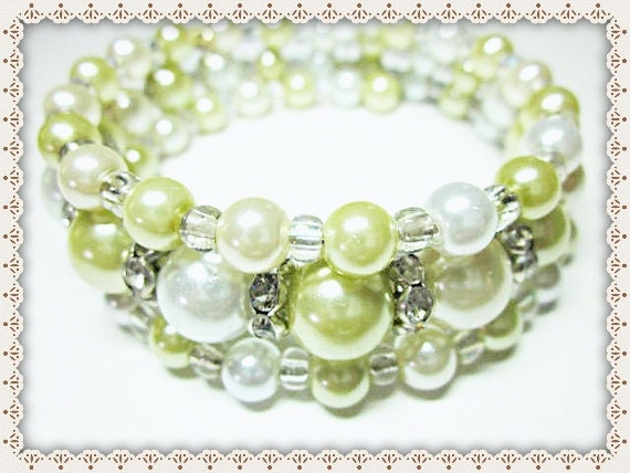 Beaded Pearl Bracelet