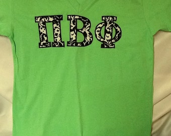 Pi Beta Phi Low V-Neck T-Shirt in Size Medium