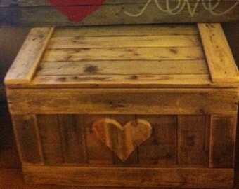 Chest Trunk Blanket Box Storage Box, Ottoman Reclaimed Pallet Wood Shabby Chic
