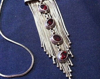 Early ' 90s 925 silver necklace, with natural/silver Necklace 925 rubins with pendant with natural rubies, early 90 's.