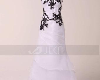 Black and White Wedding Dress Alternative Bridal Gown Soft Gothic Wedding Dress W813