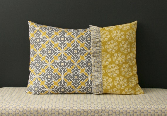 Decorative Pillow Form Sizes : Items similar to Rebecca pillow case pdf sewing pattern. Fits 26