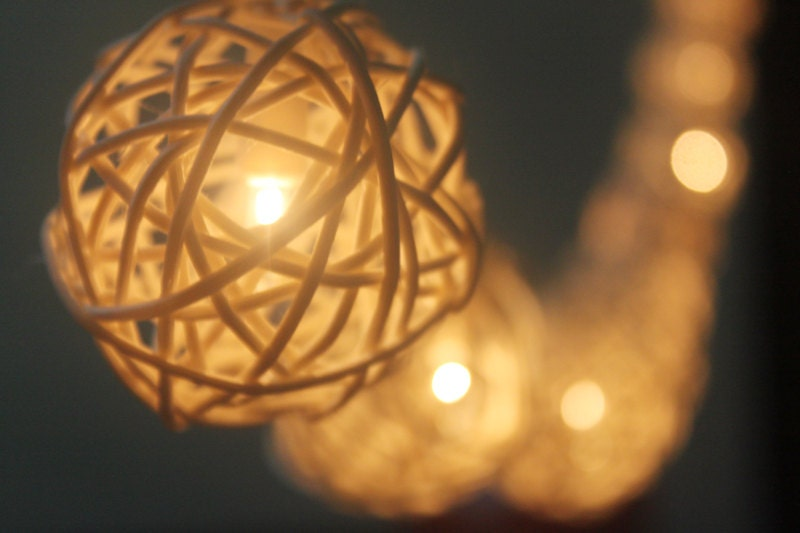 20 LED White Rattan ball string lights for Home