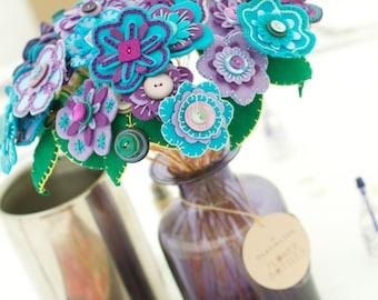 Wedding Breakfast Table Arrangement / Wedding Flowers  / Floral Gift / Decorative Flower arrangement /  Felt Button Hand-stitched Flowers