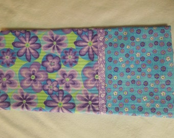 "Bold Purple Flower Pillowcase,  31"" x 21"""
