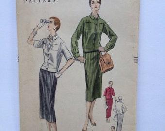 Vintage 1955 Vogue Pattern 8524 Size 12  Bust 30