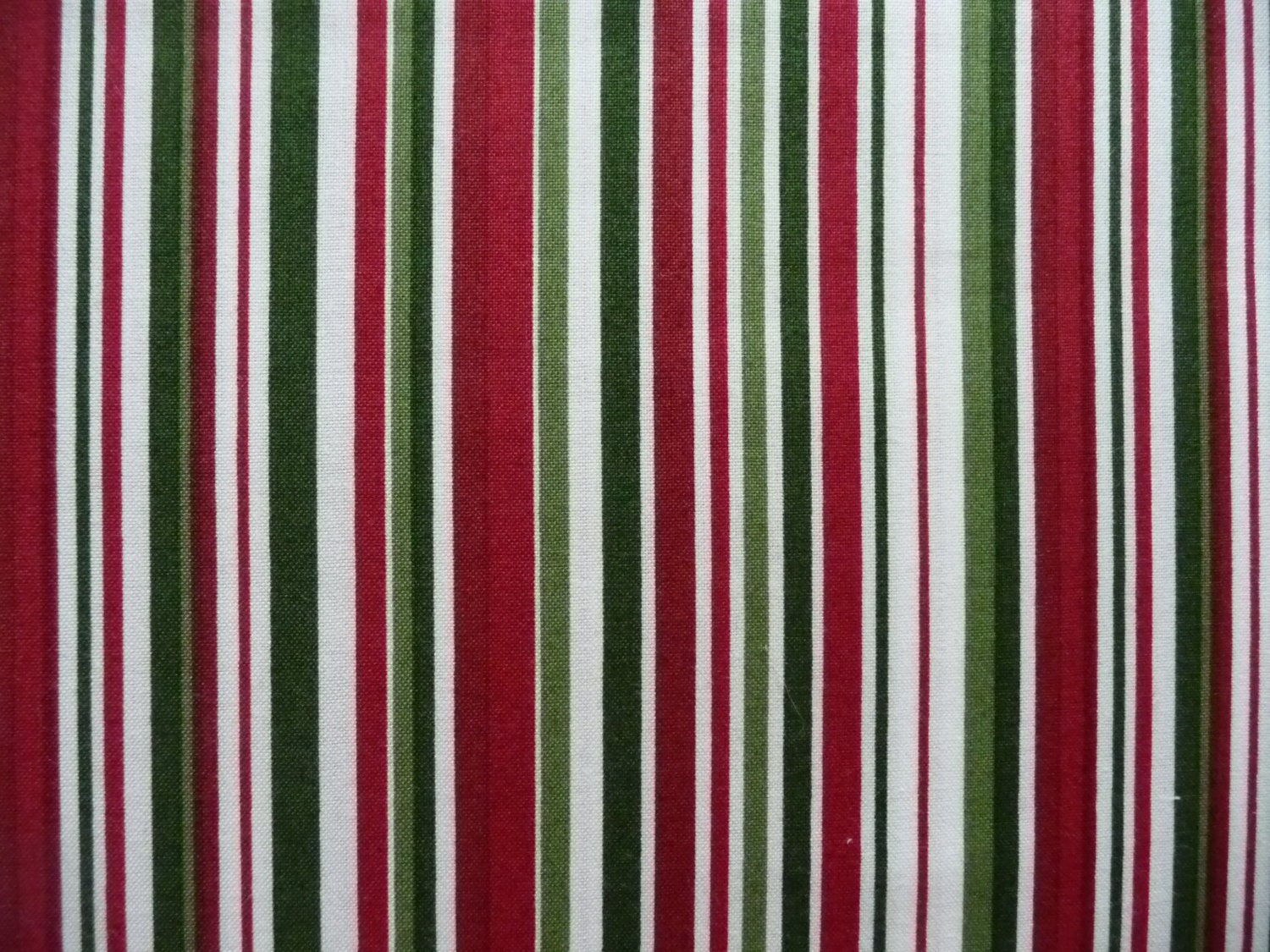 Quilt Patterns Using Stripe Fabric : Striped Quilt Fabric Maywood Basically Beautiful 616W