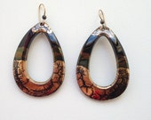 Vintage Porcelain Ceramic Earrings Crackle Surface Black with Gold Tones Teardrop Shape Shiny