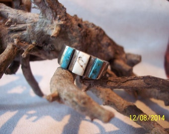 Sterling Silver 3 stone Turquoise ring.