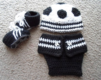 Crochet Soccer Set...Includes Hat, Adjustable Diaper Cover, and Cleat Booties.  Sizes Newborn-12 Months.