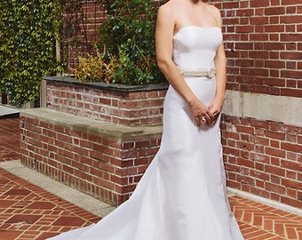 Chelsea Strapless Wedding Gown