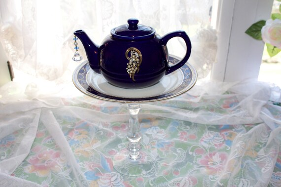 Wedgwood teapot standing centerpiece or vase wedding bridal