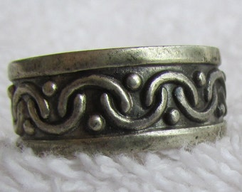 Sterling Silver Band Ring from Mexico Size 8 3/4