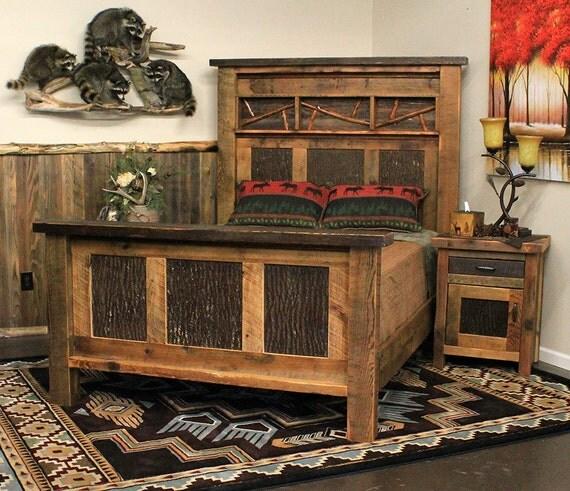 Tete De Lit Avec Bois De Grange : Grange recycl? bois et l'?corce de lit assortis de table de chevet