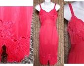 Vintage Slip Nylon Fuchsia Pink Lacy Movie Star Full Dress USA Pencil Skirt Old Hollywood Lavish Satin Appliques Fancy Size S/Small 32/34