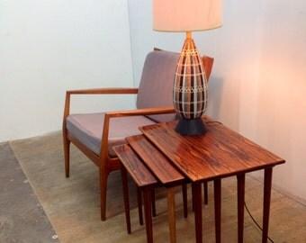 Mid century modern ceramic table lamp