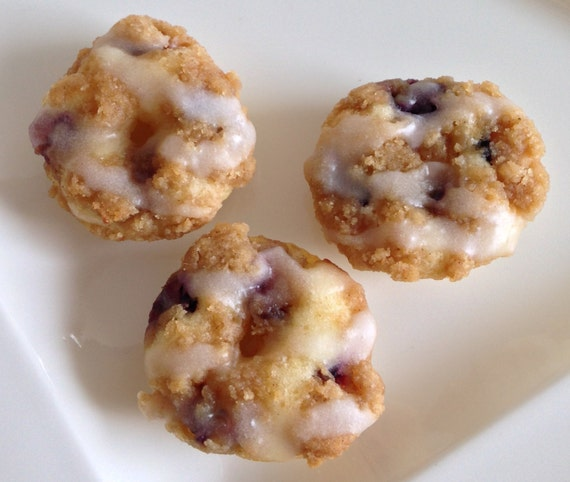 Blueberry Crumble mini donuts