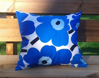 Pillow cover made from Marimekko fabric, pillow case, pillow sham, throw pillow cover, cushion cover, envelope closure, Blue Unikko