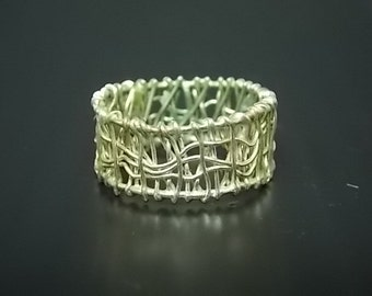 Vintage .925 Sterling Silver Ring W/ Intricate Design 3.45g E1140