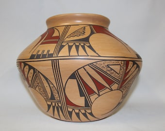 Pottery Jar : Native American Hopi Pottery Jar, signed by Jofer S. Puffer #130