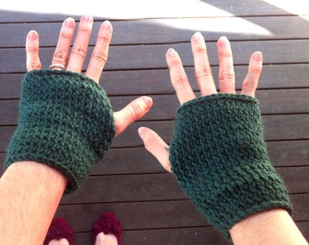 Forest Green Fingerless mittens