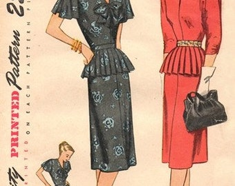 Simplicity 2011 Bravura Dress with Detachable Peplum / ca. 1947 / SZ12 UNCUT
